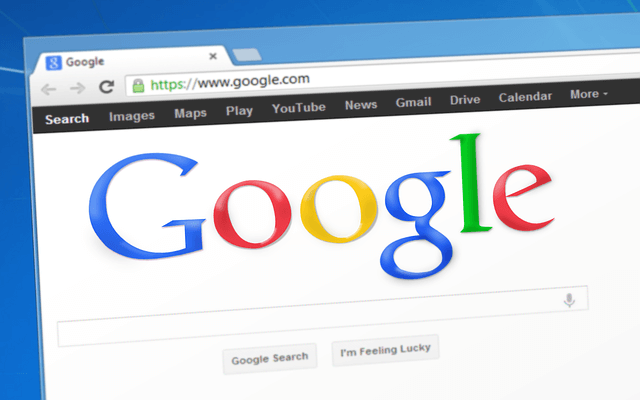 Die Suchmaschine Google auf einem Bildschirm geöffnet
